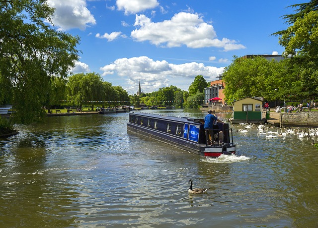 Canal boat hire in the Midlands