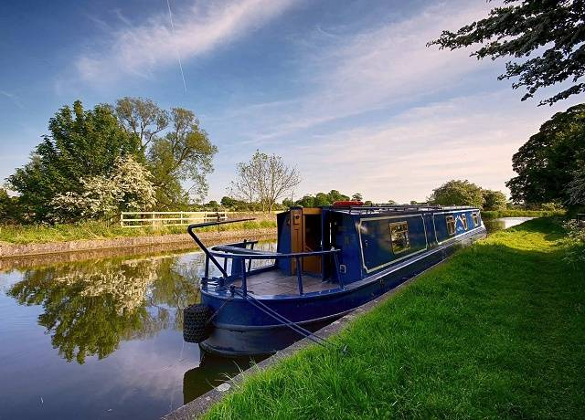 Boat hire in Northern England